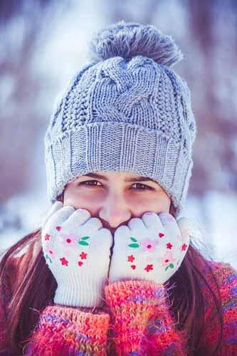 ragazza ha freddo